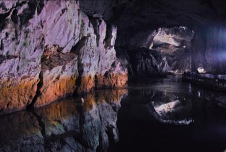 玩咖專欄_日本旅遊|夏日避暑景點提案!公開神秘又奇幻的日本三大鐘乳洞