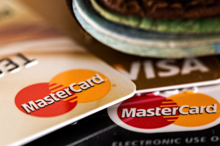 玩咖專欄_海外刷卡刷哪張?小資族出國必讀超實用2019現金回饋信用卡攻略