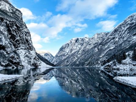 玩咖專欄_世界雪景特輯|破冰船,訪冰宮,馴鹿雪橇,全球絕美賞雪景點TOP8推薦
