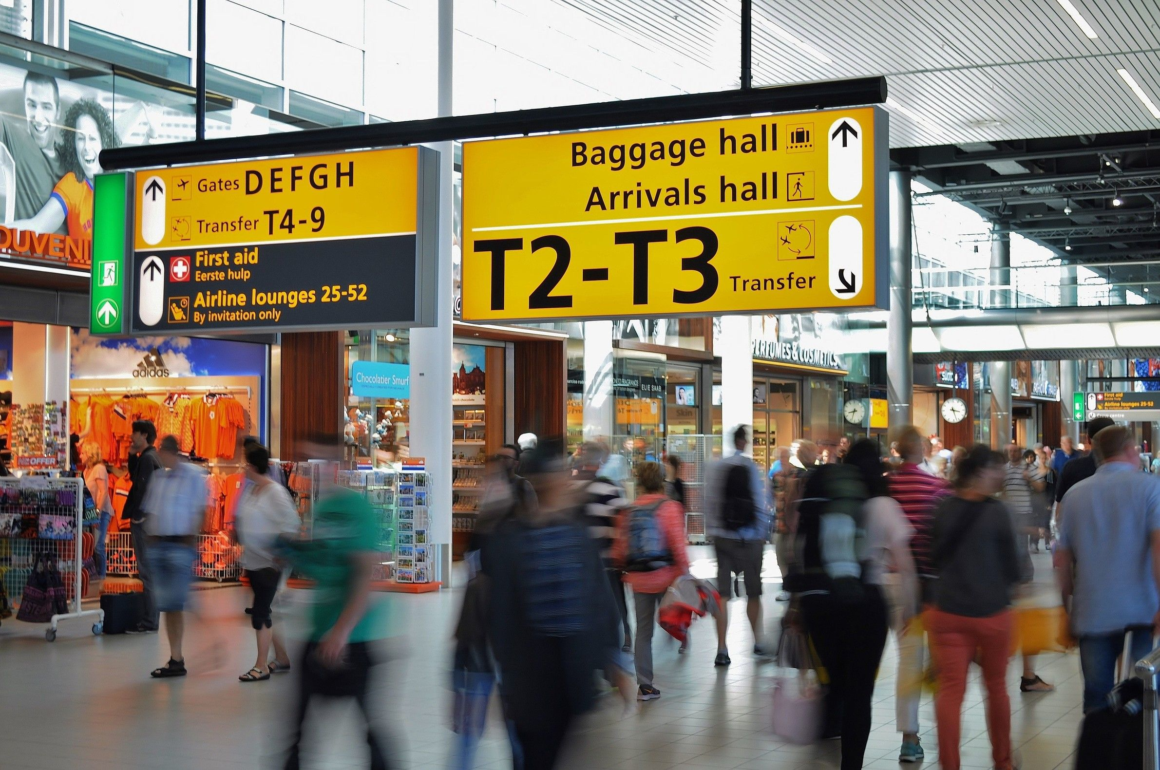 玩咖專欄_機場出入境超實用對話!領行李、搭接駁車、兌換外幣通通沒問題
