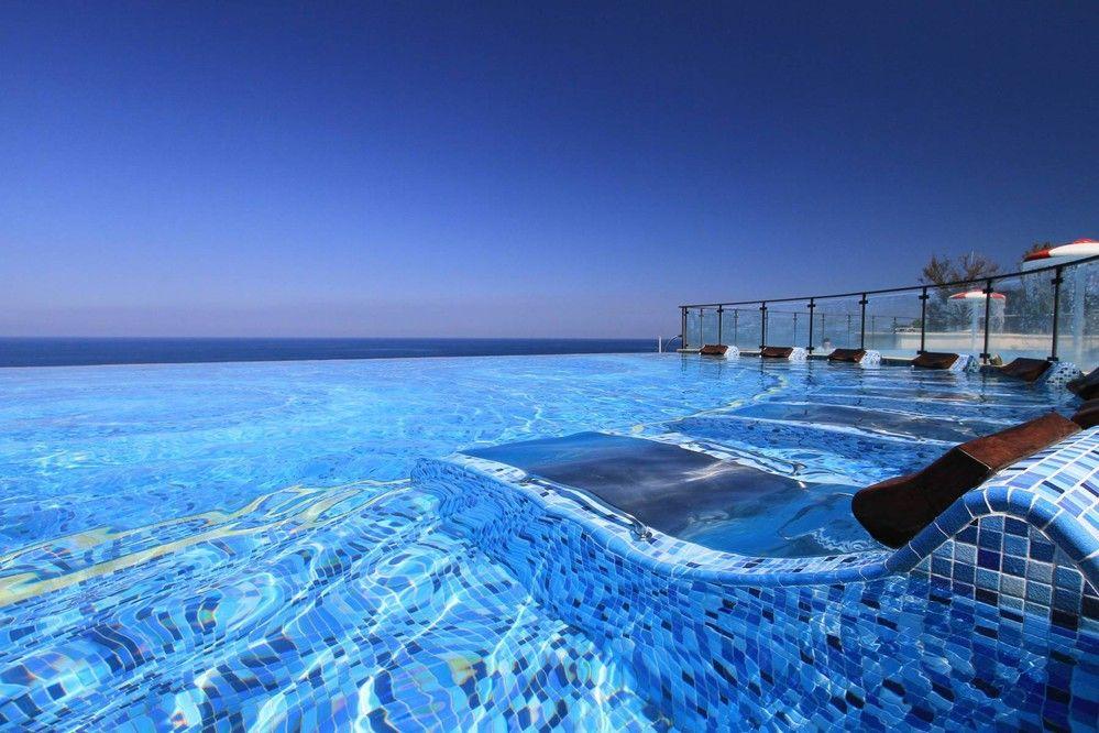 玩咖專欄_打卡、網美必住!盤點全台五間擁水天一色絕景的無邊際泳池飯店!