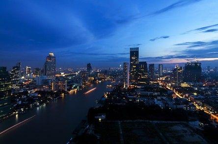 玩咖專欄_【泰國景點】必踩3大新熱點!泰式料理、室內水上市場、玻璃屋下午茶