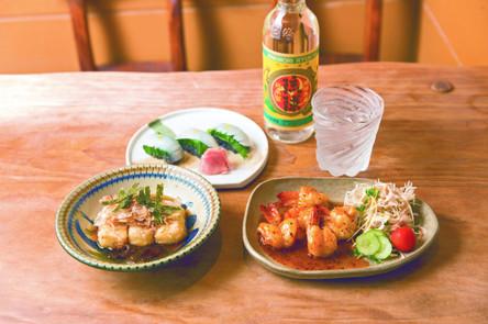 玩咖專欄_【 沖繩美食 】沖繩必吃的特色料理精選!不能錯過的海景咖啡廳和居酒屋