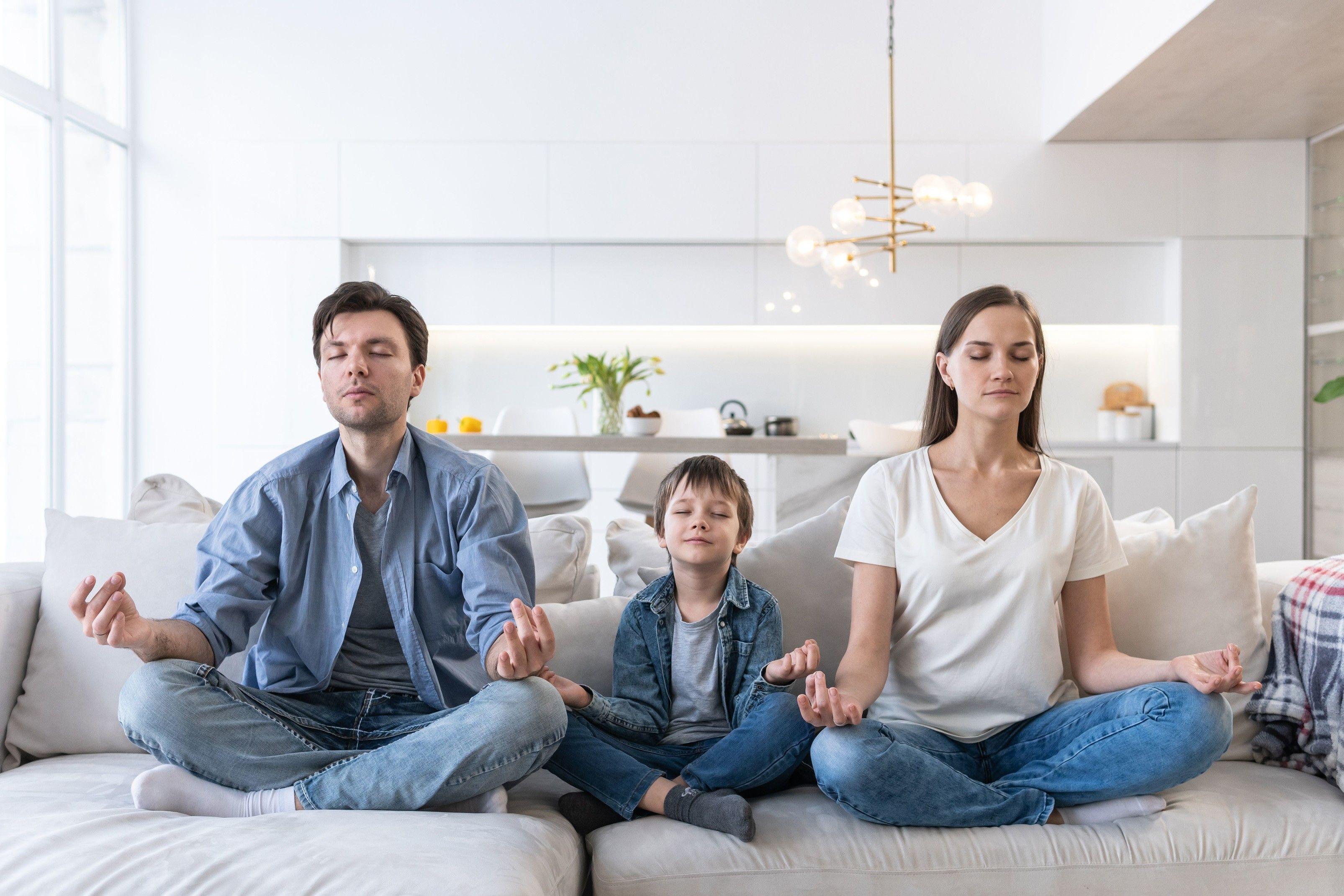 玩咖專欄_「疫」起待在家!居家調節壓力的兩種方式